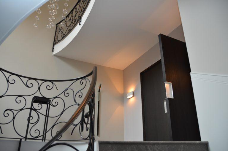 drijvers-oisterwijk-nieuwbouw-entree-landhuis-interieur-traditioneel-landelijk-particulier-villa (18)