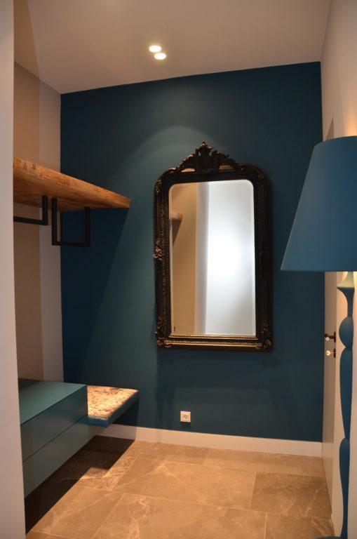 drijvers-oisterwijk-nieuwbouw-landhuis-garderobe-blauw-interieur-traditioneel-landelijk-particulier-villa (34)