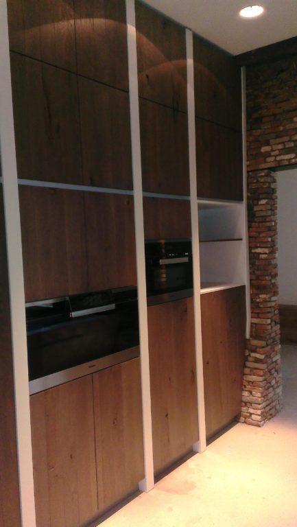 drijvers-oisterwijk-traditioneel-modern-landelijk-interieur-particulier-boerderij-monument-transparant-hout-spanten-gevel-baksteen-rietgedekt-restauratie (8)