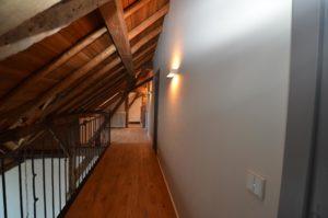 drijvers-oisterwijk-traditioneel-modern-landelijk-interieur-particulier-boerderij-monument-transparant-hout-spanten-gevel-baksteen-rietgedekt-restauratie-intern (17)
