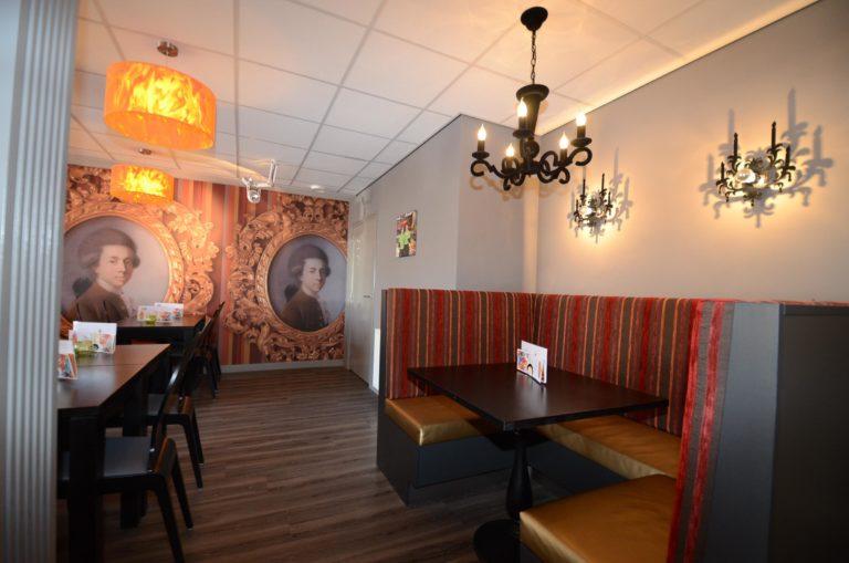 drijvers-oisterwijk-krekels-lierop-ijssalon-interieur-vorstelijk-rood-terras (5)