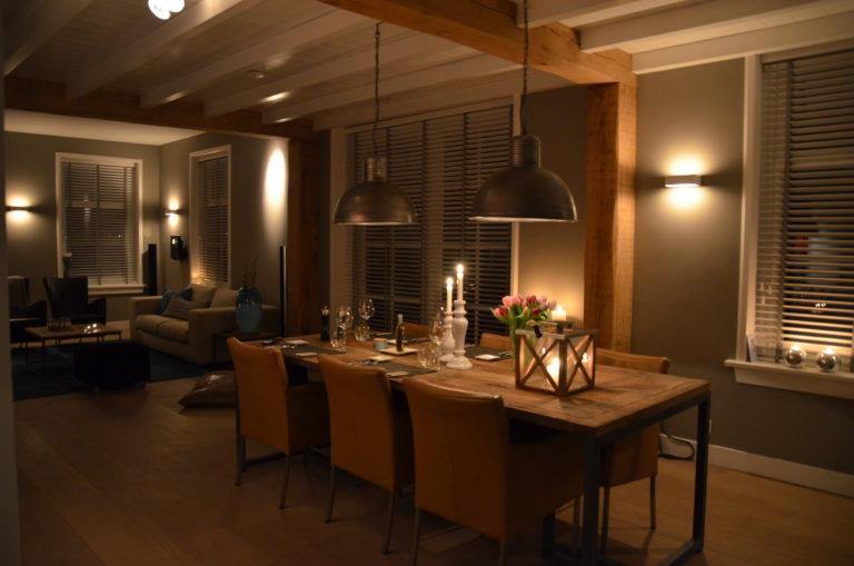 drijvers-oisterwijk-woonkamer-tafel-lampen