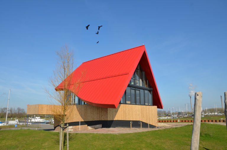 drijvers-oisterwijk-havenkantoor-ramen-felsdak-aluminium-dak