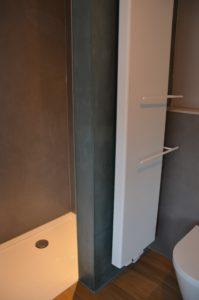 drijvers-oisterwijk-verbouwing-badkamer-spachtelpoets-hout-tegel-interieur-woonhuis (7)-min