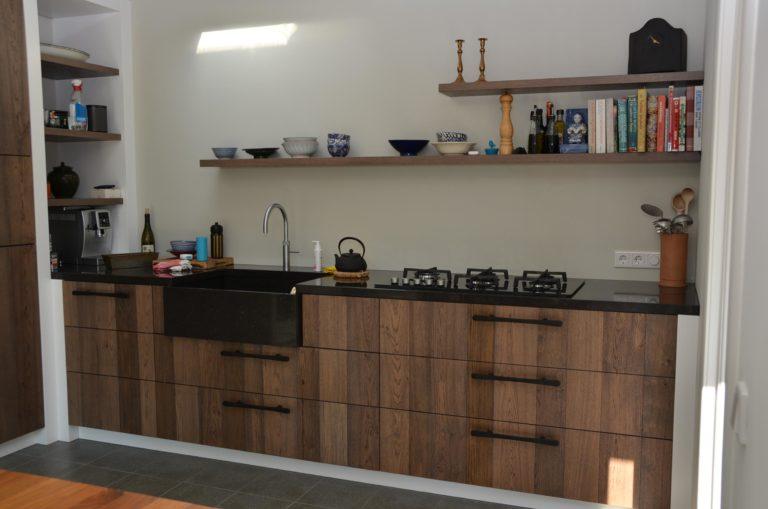 drijvers-oisterwijk-verbouwing-keuken-hout-tegel-interieur-woonhuis (4)