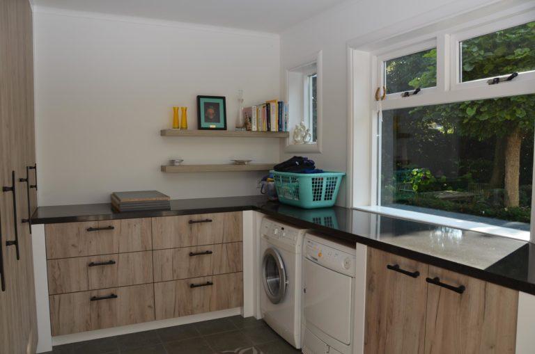 drijvers-oisterwijk-verbouwing-keuken-hout-tegel-interieur-woonhuis (9)