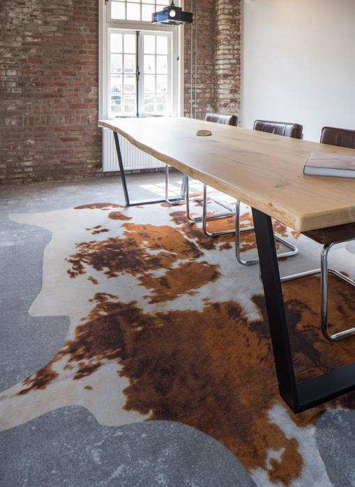 drijvers-oisterwijk-KVL-interieur-leerfabriek-restauratie-vergaderruimte-koeienhuid-kantoor (16)