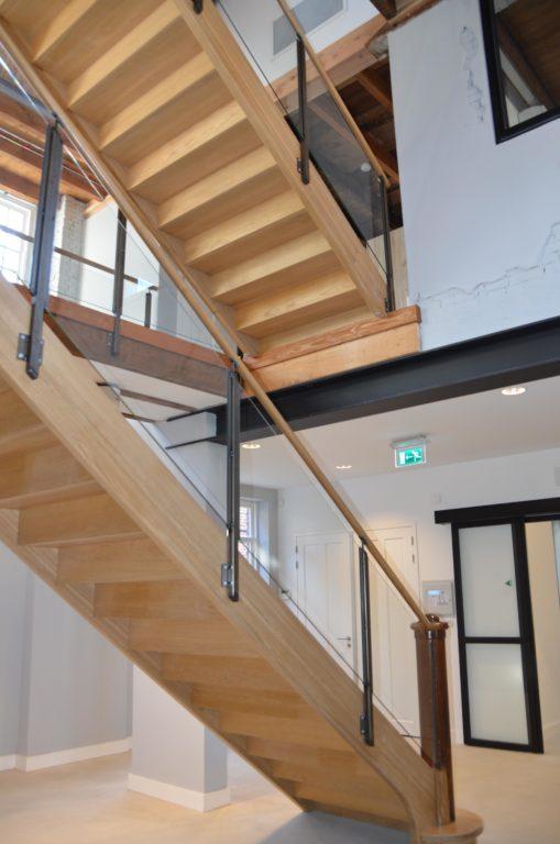 drijvers-oisterwijk-KVL-interieur-leerfabriek-restauratie-trap (27)
