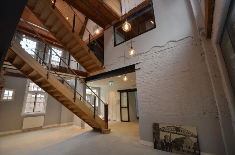 drijvers-oisterwijk-KVL-interieur-leerfabriek-trap-restauratie (58)
