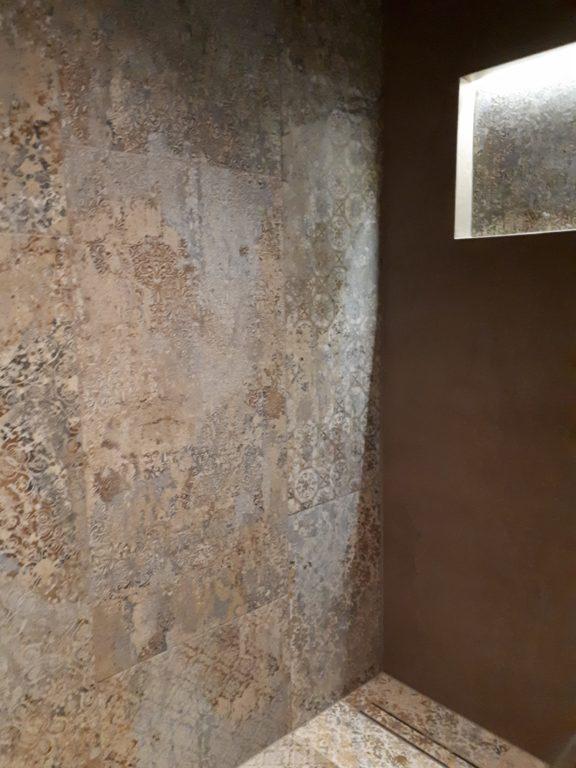 drijvers-oisterwijk-tegel-douche-badkamer-nis-interieur-verbouwing-modern-appartement-strak-hout-gezellig (10)-min