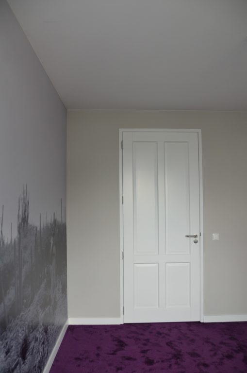 drijvers-oisterwijk-interieur-tapijt-behang-fotoprint-verbouwing-modern-appartement-strak-hout-gezellig (11)-min