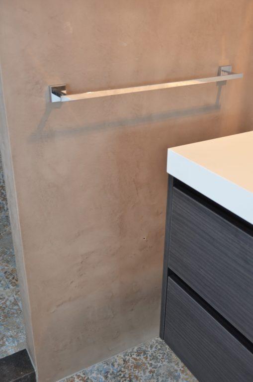 drijvers-oisterwijk-interieur-badkamer-tegel-meubel-handdoekstang-verbouwing-modern-appartement-strak-hout-gezellig (15)-min