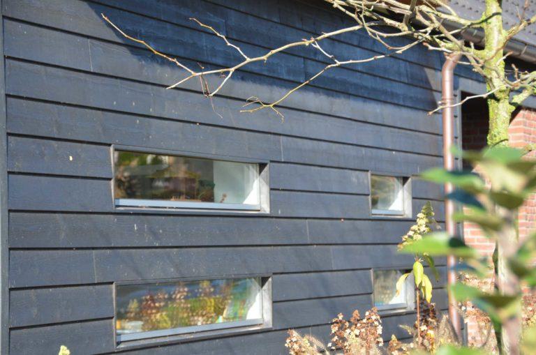 drijvers-oisterwijk-nieuwbouw-exterieur-riet-hout-bakstenen-gevel-grote-pui-ramen-dakkapel-hout-kozijn (11)