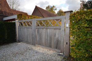 drijvers-oisterwijk-nieuwbouw-poort-exterieur-riet-hout-bakstenen-gevel-grote-pui-ramen-dakkapel-hout-kozijn (19)