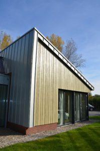 drijvers-oisterwijk-nieuwbouw-exterieur-zink-gevel-dak-strak-modern-bakstenen-deur-raam-pui (13)