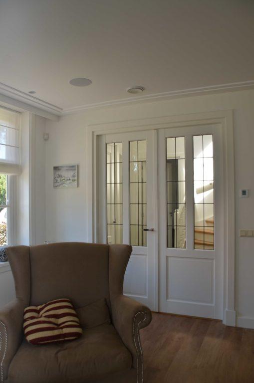 drijvers-oisterwijk-restauratie-interieur-dubbele-deur-landelijk-traditioneel-hout-wit-groen (10)