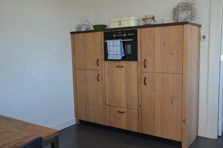 drijvers-oisterwijk-restauratie-keuken-kast-interieur-landelijk-traditioneel-hout-wit-groen (11)