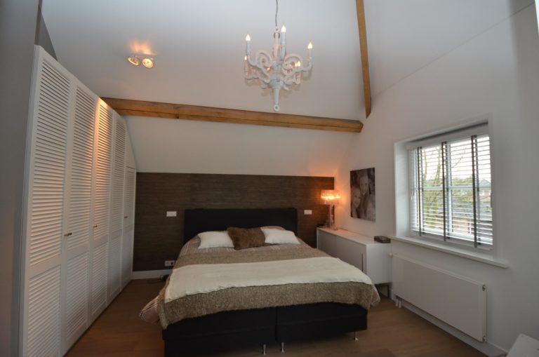 drijvers-oisterwijk-interieur-master-verlichting-modern-landelijk-traditioneel-houten-spant-boerderij-villa-nieuwbouw- (13)