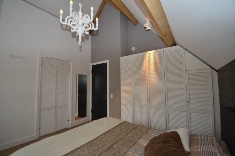 drijvers-oisterwijk-interieur-modern-master-verlichting-landelijk-traditioneel-houten-spant-boerderij-villa-nieuwbouw- (16)
