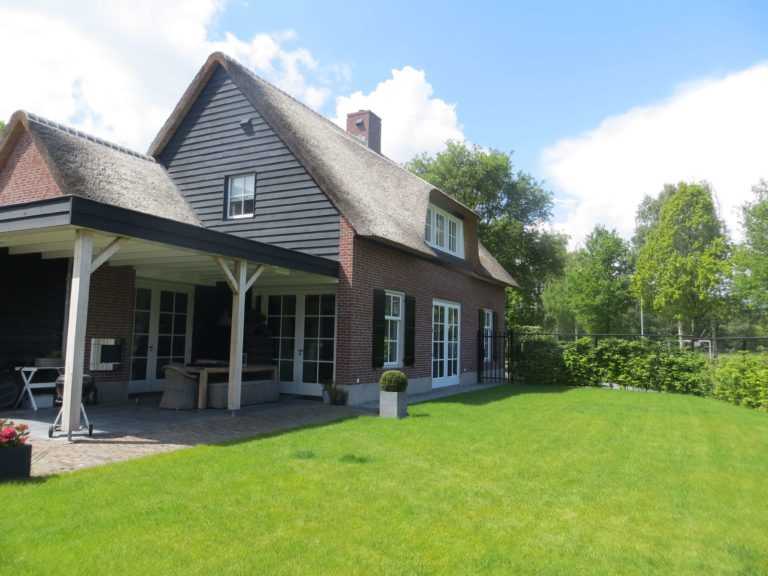 drijvers-oisterwijk-riet-baksteen-houten-gevel-spant-wolfseind-ramen-dakpannen (14)