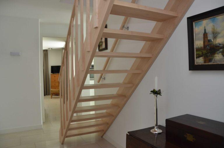 drijvers-oisterwijk-nieuwbouw-interieur-modern-strak-traditioneel-wit-hout-verlichting (12)
