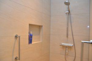 drijvers-oisterwijk-nieuwbouw-interieur-modern-strak-traditioneel-wit-hout-verlichting (4)
