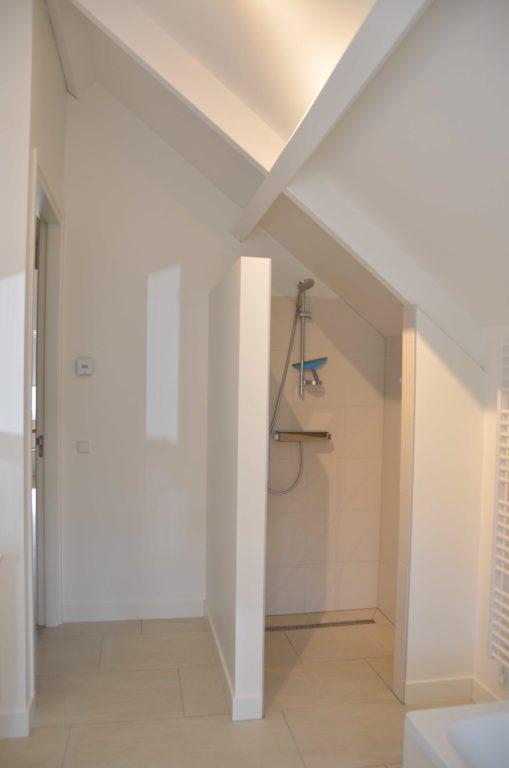 drijvers-oisterwijk-nieuwbouw-interieur-modern-strak-traditioneel-wit-hout-verlichting (6)