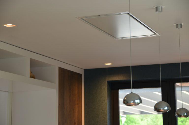 drijvers-oisterwijk-boerderij-villa-verlichting-armatuur-modern-landelijk-hout-interieur-nieuwbouw-licht (12)-min