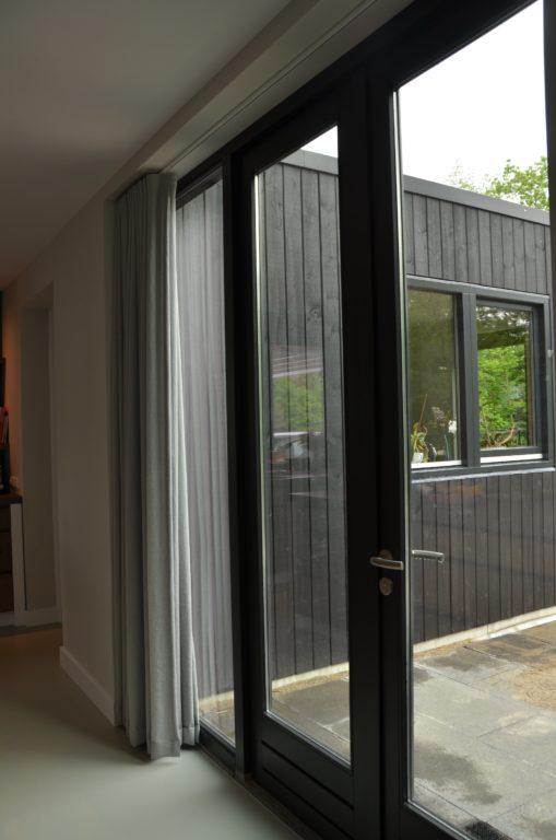 drijvers-oisterwijk-boerderij-villa-pui-modern-landelijk-hout-interieur-nieuwbouw-licht (13)-min