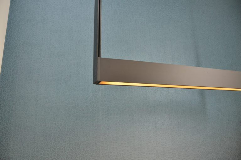 drijvers-oisterwijk-boerderij-villa-verlichting-modern-landelijk-hout-interieur-nieuwbouw-licht (17)-min