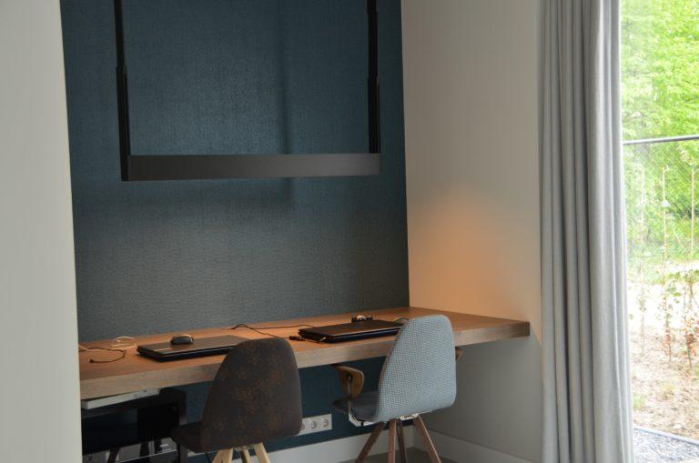 drijvers-oisterwijk-boerderij-villa-modern-landelijk-hout-interieur-nieuwbouw-licht (20)-min