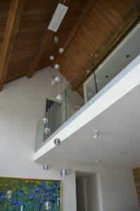 drijvers-oisterwijk-villa-boerderij-contrast-interieur-nieuwbouw-strak-modern-hout-landelijk-staal-deur-bakstenen-metselwerk-ramen-lichtinval-verlichting-wit-zwart (4)