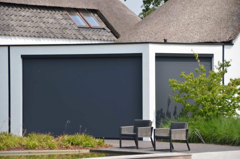 drijvers-oisterwijk-villa-boerderij-modern-landelijk-traditioneel-contrast-wit-stucwerk-bakstenen-hout-gevel-spanten-pui-riet-dakpannen (21)
