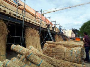 drijvers-oisterwijk-restauratie-nieuwsberichten-rietdekker-riet-dak-boerderij-villa (7)-min