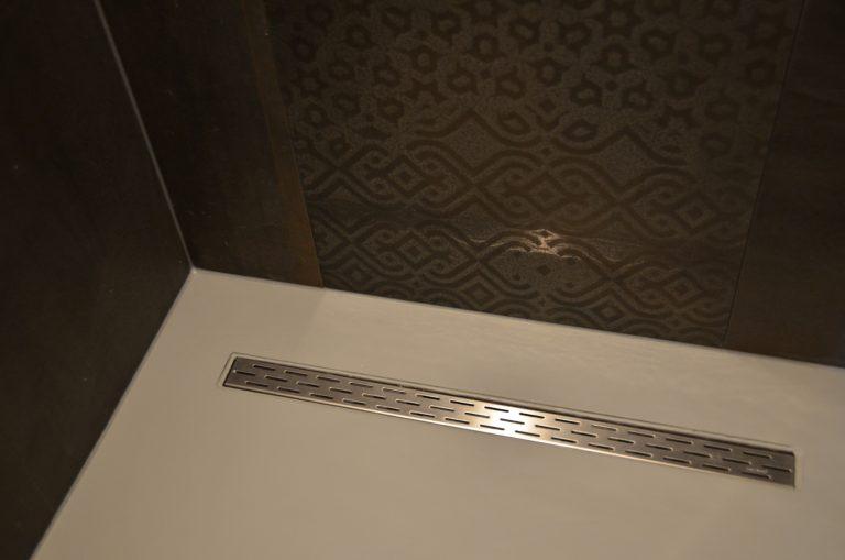 drijvers-oisterwijk-interieur-badkamer-woonhuis-villa-modern-hout-particulier-zwart-staal-strak (14)