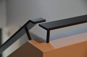 drijvers-oisterwijk-interieur-trap-reling-woonhuis-villa-modern-hout-particulier-zwart-staal-strak (17)