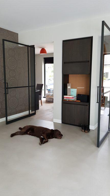 drijvers-oisterwijk-interieur-woonhuis-villa-modern-hout-particulier-zwart-staal-strak (3)