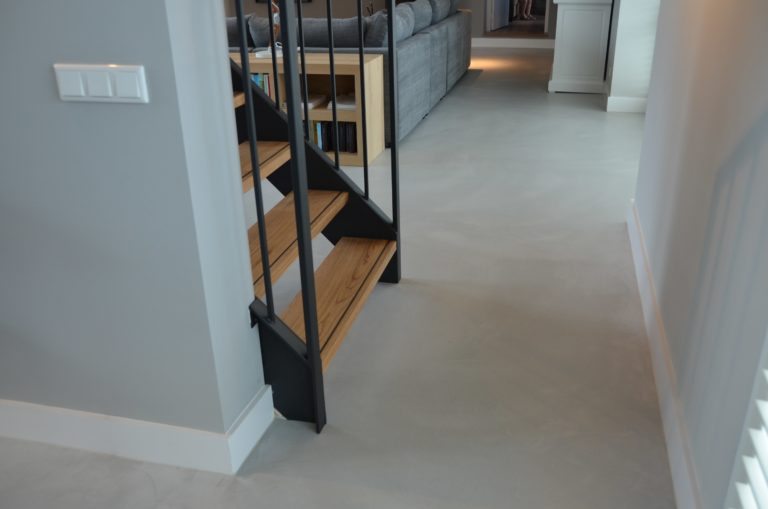 Drijvers-Oisterwijk-interieur-restauratie-modern-landelijk-houten-spant-strak-licht-maatwerk (10)