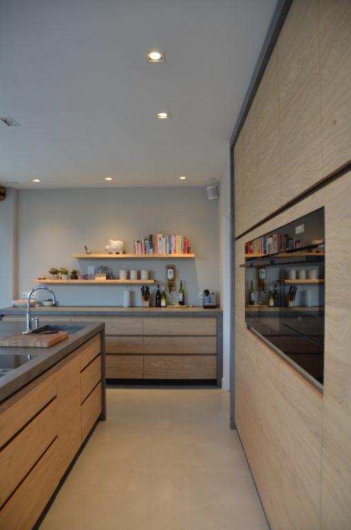 Drijvers-Oisterwijk-interieur-restauratie-modern-landelijk-houten-spant-strak-licht-maatwerk (16)