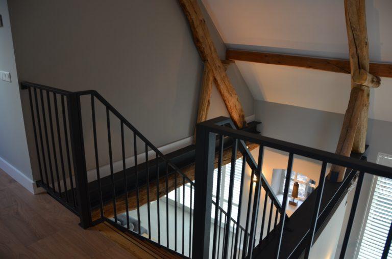 Drijvers-Oisterwijk-interieur-restauratie-modern-landelijk-houten-spant-strak-licht-maatwerk (23)