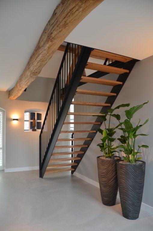 Drijvers-Oisterwijk-interieur-restauratie-modern-landelijk-houten-spant-strak-licht-maatwerk (6)