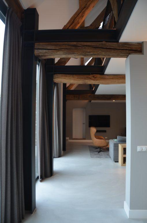 Drijvers-Oisterwijk-interieur-restauratie-modern-landelijk-houten-spant-strak-licht-maatwerk (7)