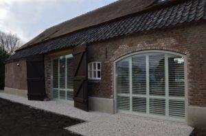 Drijvers-Oistewijk-restauratie-boerderij-riet-gedekt-dakpannen-metswelwerk-hout- (14)