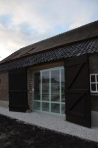 Drijvers-Oistewijk-restauratie-boerderij-riet-gedekt-dakpannen-metswelwerk-hout- (17)