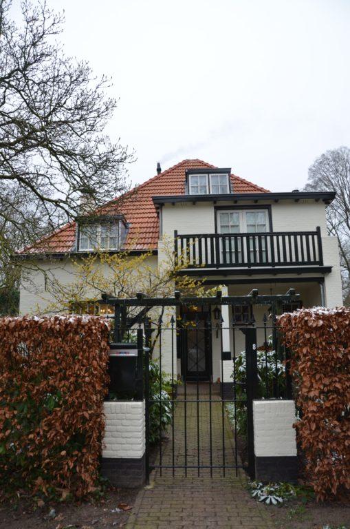 drijvers-oisterwijk-particulier-woonhuis-exterieur-verbouwing-landelijk-hout-dakpannen-pui (1)