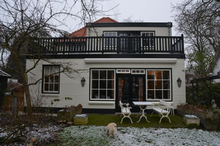 drijvers-oisterwijk-particulier-woonhuis-exterieur-verbouwing-landelijk-hout-dakpannen-pui (5)