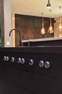 drijvers-oisterwijk-woonvilla-verbouwing-interieur-leer-keuken-eetkamer-zitkamer (31)