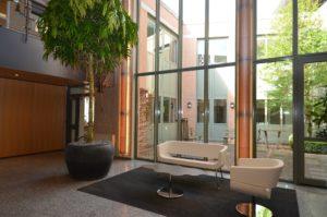 drijvers-oisterwijk-gemeentehuis-haaren-interieur-utiliteit-kleurrijk (13)