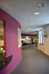 drijvers-oisterwijk-gemeentehuis-haaren-interieur-utiliteit-kleurrijk (4)
