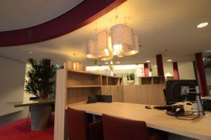 drijvers-oisterwijk-gemeentehuis-haaren-interieur-utiliteit-kleurrijk (6)